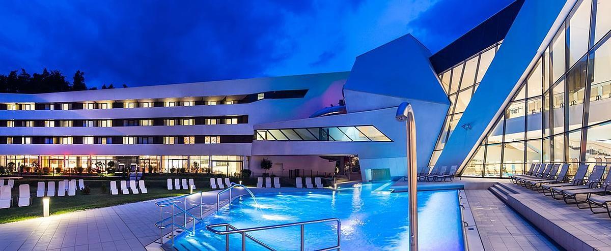 4 Sterne Thermenhotel Karawankenhof Mit Aussenpool Karnten