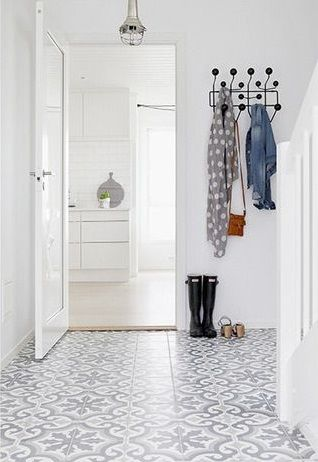gorgeous tiled entry