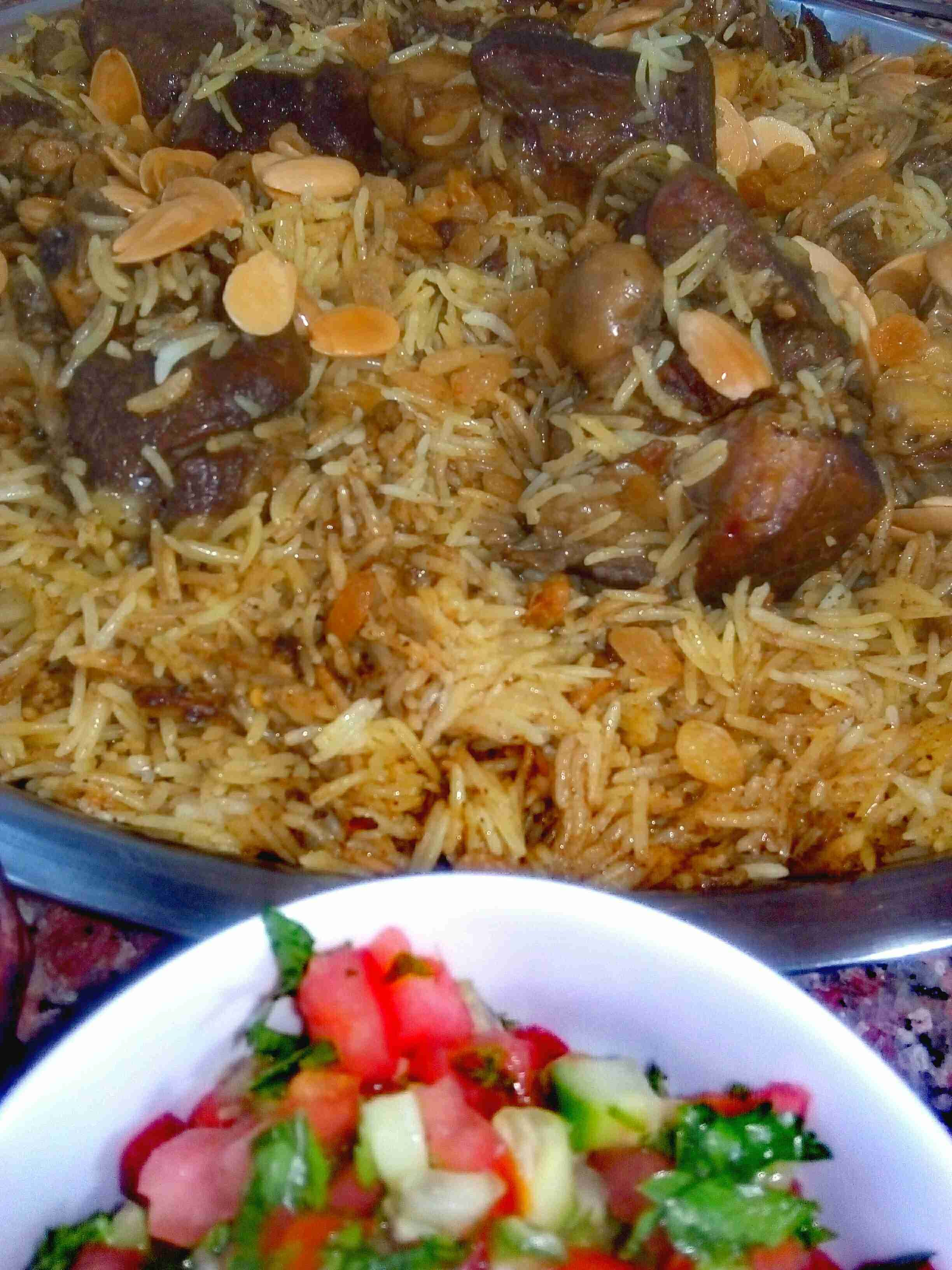 مضغوط اللحم ولا اروع زاكي Food Dishes Indian Rice Recipes Mediterranean Recipes
