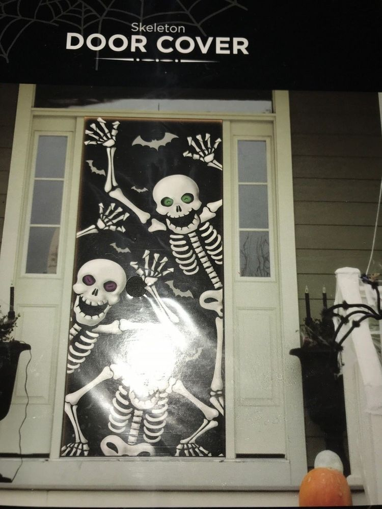 Details about Halloween Dancing Skeletons Door Cover Wall Decoration - halloween scene setters decorations