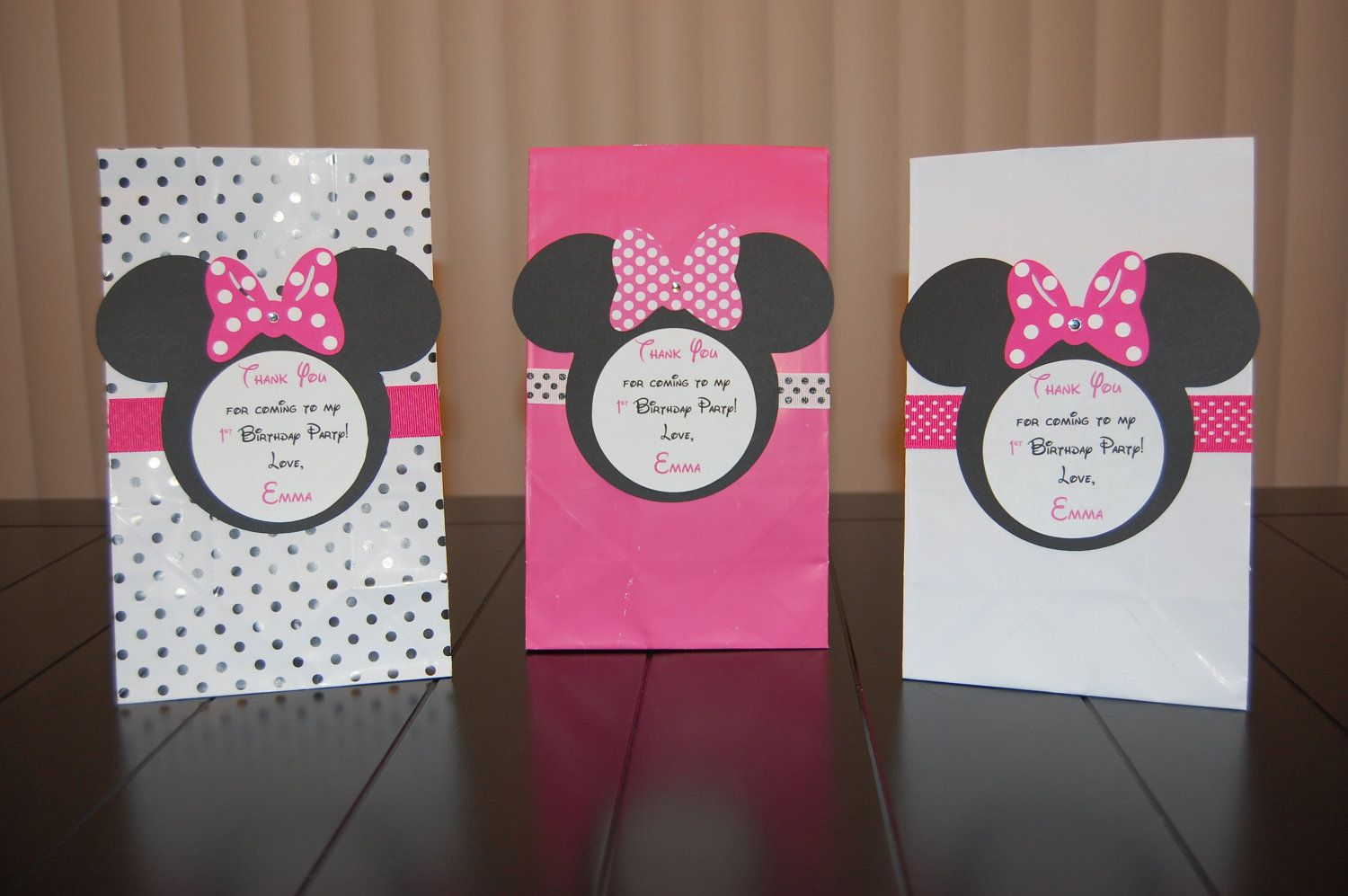 PARTY LOOT BAGS Various quantities  GIRL/'S GIFTS//FAVOURS DISNEY MINNIE MOUSE