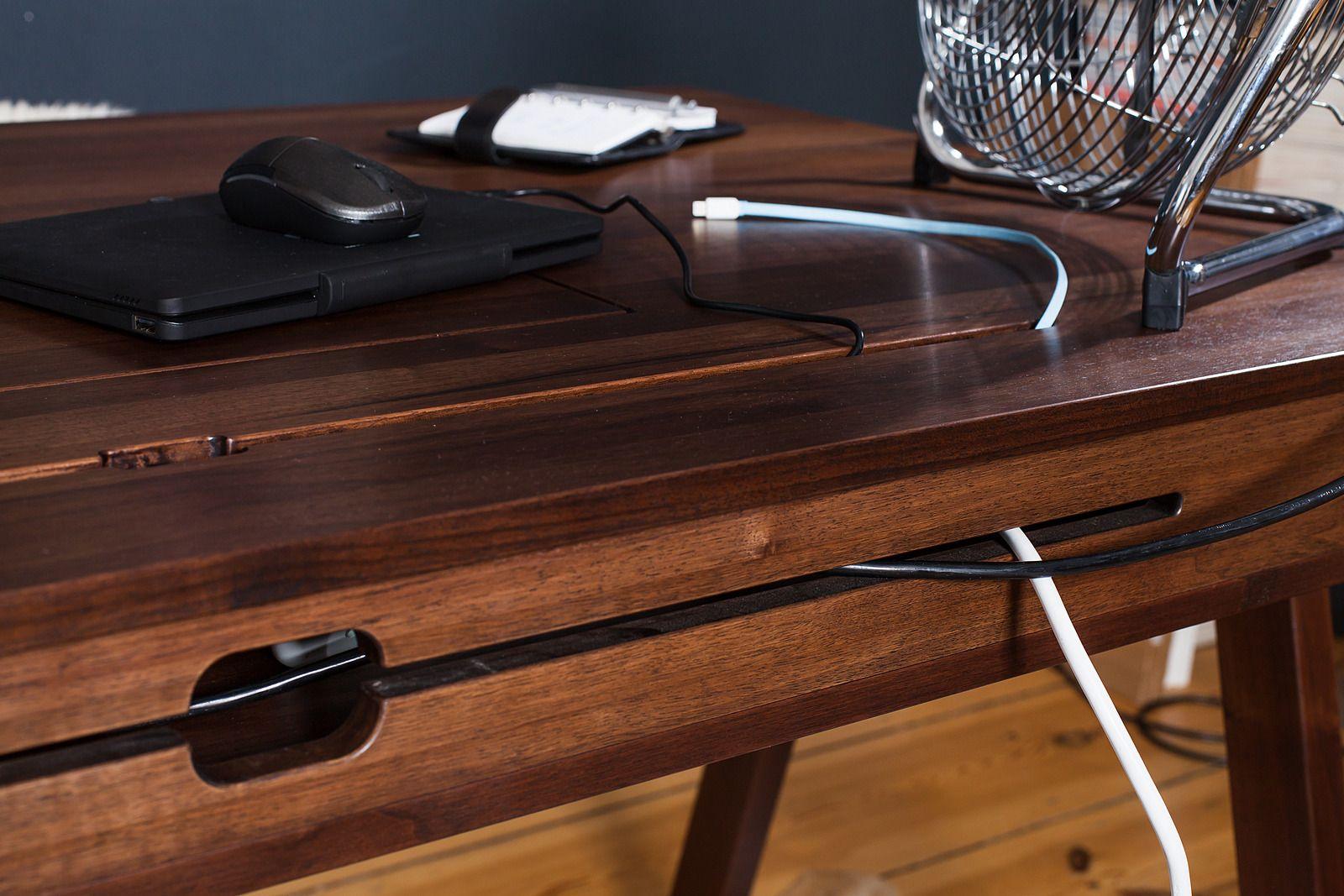 Schreibtisch Nussbaum Massiv Mit Verstecktem Abteil