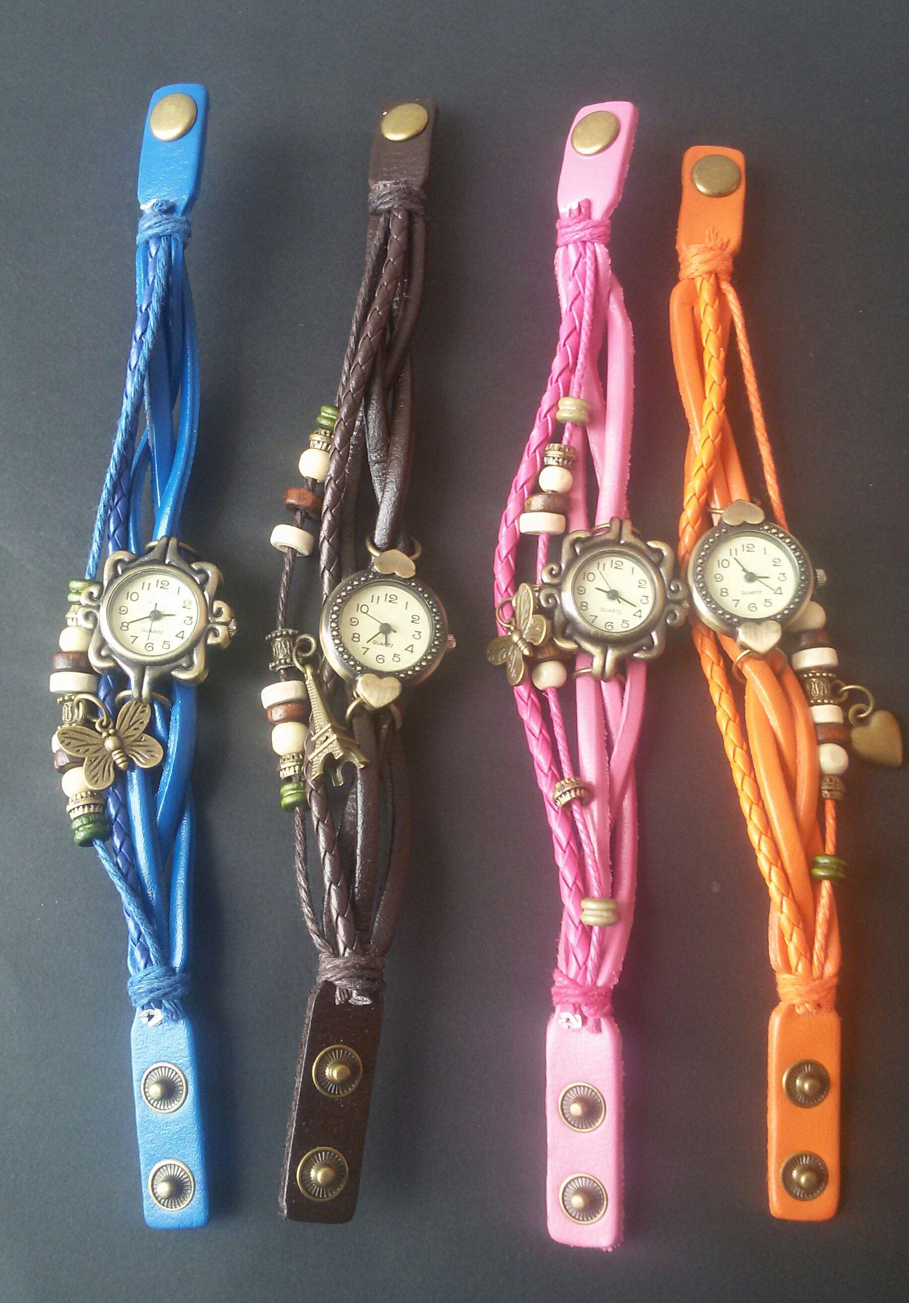 18b75418a62e Hermoso reloj pulsera de cuero para mujer, con colgante en cobre y ...
