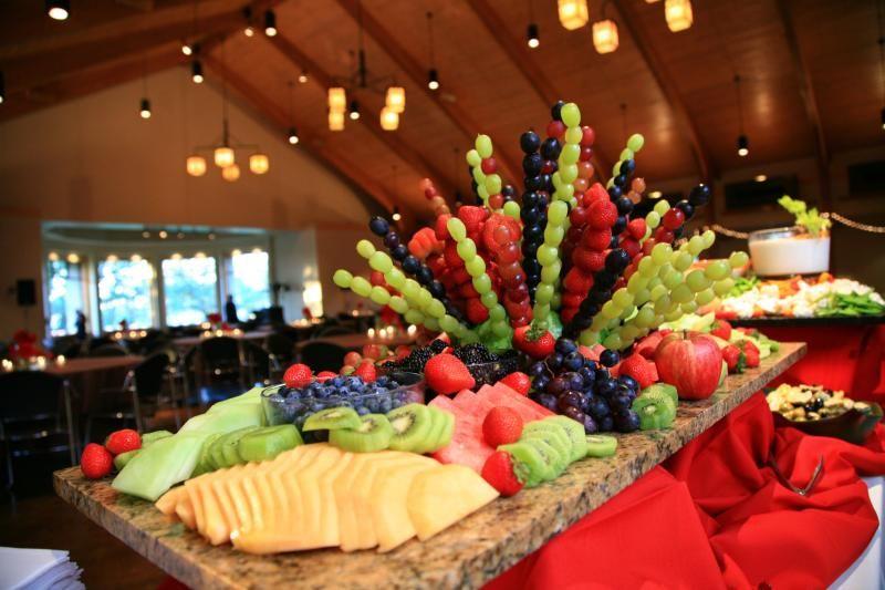 Resultado de imagen de mesa frutas boda