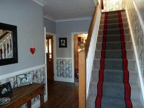 Best Brintons Carpets Bell Twist Pewter Manhattan Red Smoke 400 x 300