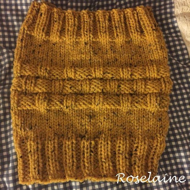 Un snood ocre, le retour! - Je tricote Tu crochètes   Knitting ... 20719f4d8bf6