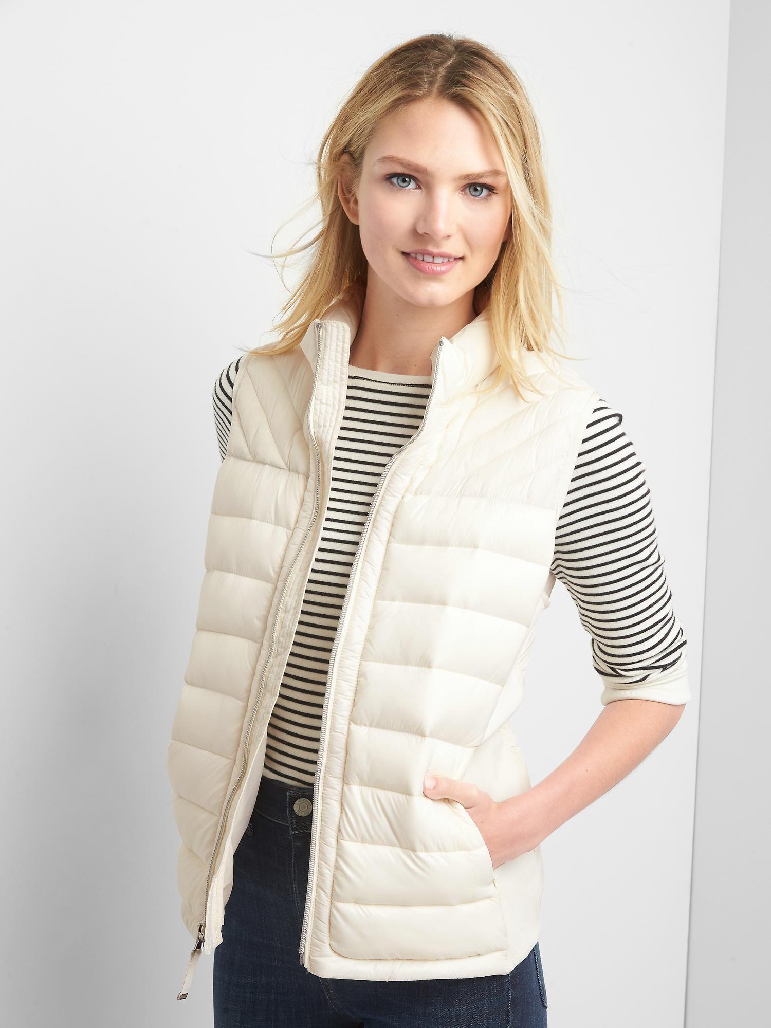 Coldcontrol Lite Puffer Vest Gap Womens White Puffer Vest Coats Jackets Women Gap Outfits [ 2000 x 1500 Pixel ]