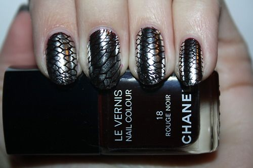 Metallic Snakeskin #Nails #nailart