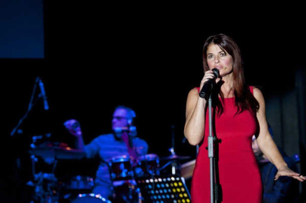 """Monica Sarnelli a Radio Club 91: """"Le donne mi copiano il look"""""""