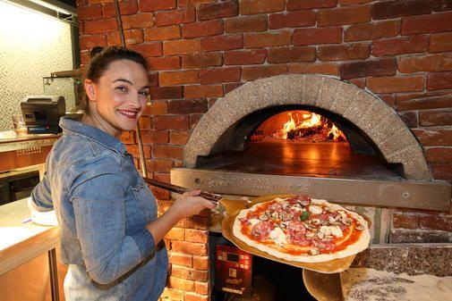Einmal im Monat testen wir die Kindertauglichkeit von Restaurants in Hannover und Umgebung. Heute: Der neue Ableger der Pizzeria Francesca & Fratelli in...