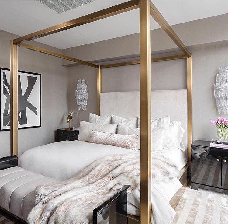 The Queen has awoken. | roomsies | Pinterest | Queens, Bedrooms and ...