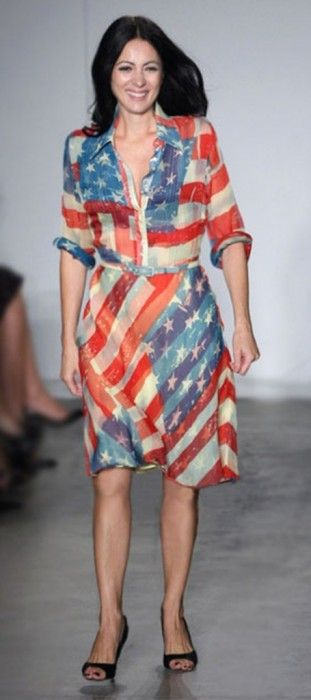Catherine Malandrino In Her American Flag Dress On The Runway Image Courtesy Of Catherine Malandrino American Flag Dress Flag Dress Fashion