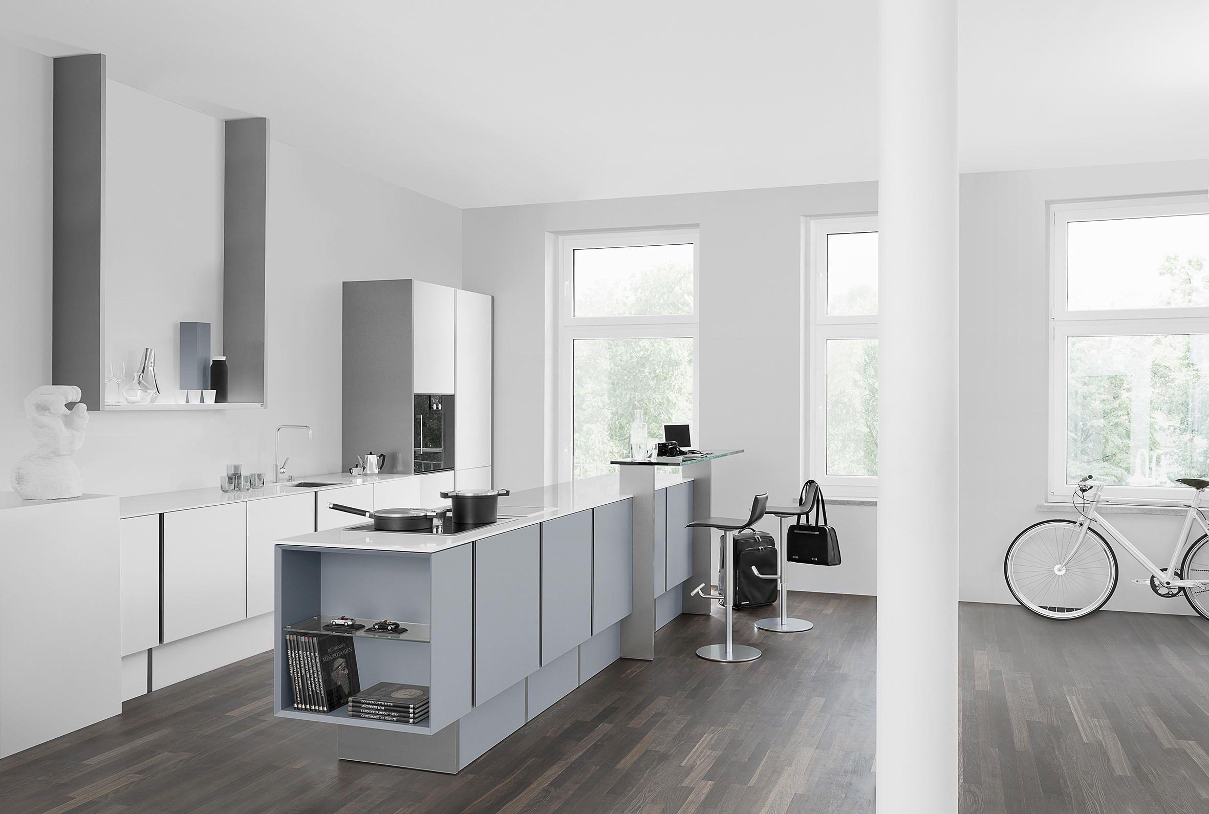 poggenpohl revolutioniert die klassische linienführung p`7350 ... - Porsche Design Küchengeräte