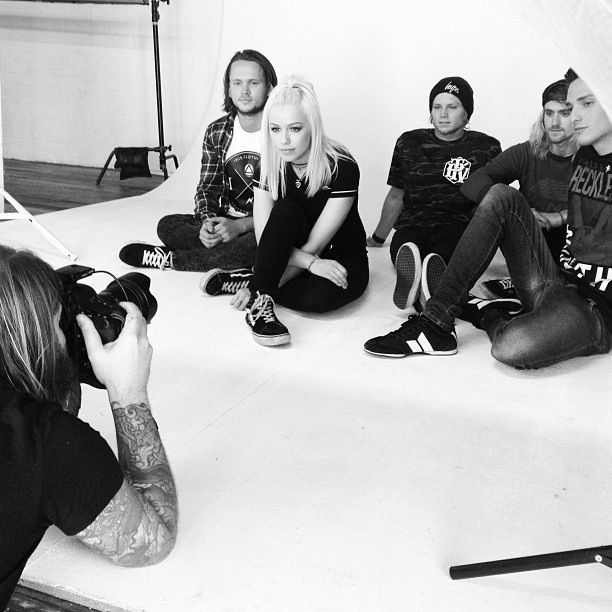 Tonight Alive  ROCK PUNK (Best songs: Lonely Girl, Breaking