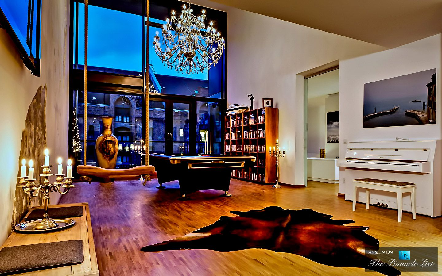yoo by starck luxury apartment hafencity hamburg. Black Bedroom Furniture Sets. Home Design Ideas
