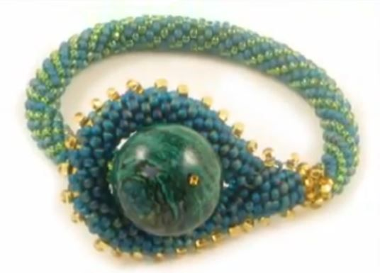 Best Ever Tubular Crochet Bead Rope Tutorial | Pinterest | Perlen ...