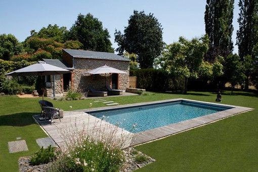 Bardage bois extérieur, aménagement extérieur bois, terrasse en bois - amenagement jardin avec spa