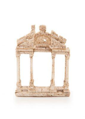 Hellence tetra dört, pylon ise kapı anlamına gelmekte ve Tetrapylon dört tarafında dörder sütundan oluşan bir kapı olduğu için bu ad ile anılmaktadır. Aphrodisias'lı mimar ve yontucuların gösteri amaçlı yaptıkları bir yapı olan ve M.S. 2. yy.a tarihlenen Tetrapylon isimli anıtsal kapı, kitap tutucu olarak beğeninize sunulmuştur. 40.00 TL