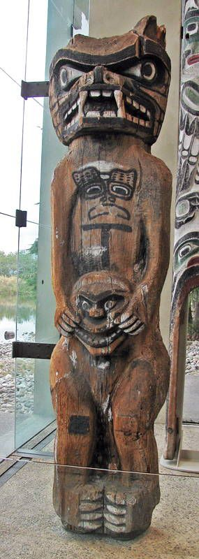 Kwakwaka'wakw: 'Namgis 'Yalis (In 1860, 'Yalis was renamed 'Alert Bay' after a British naval gunship). This pole depicts a grizzly bear and was at the Big House belonging to Chief Pal'nakwala Wakas.
