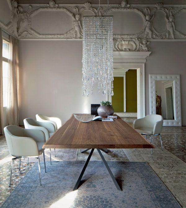 Arredamento classico contemporaneo: tappeto persiano ...