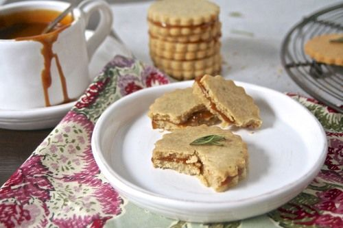 Rosemary almond cookies with caramel sauce... oh yes.