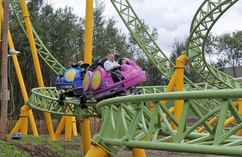 Dwervelwind Toverland Sevenum Limburg Netherlands Thrill Ride Theme Park Roller Coaster