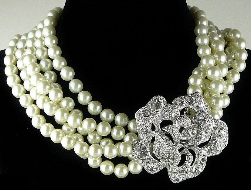 KJL (Kenneth Jay Lane) - Créateur de Bijoux - Collier - Perles et Fermoir 'Swarovski' - Audrey Hepburn