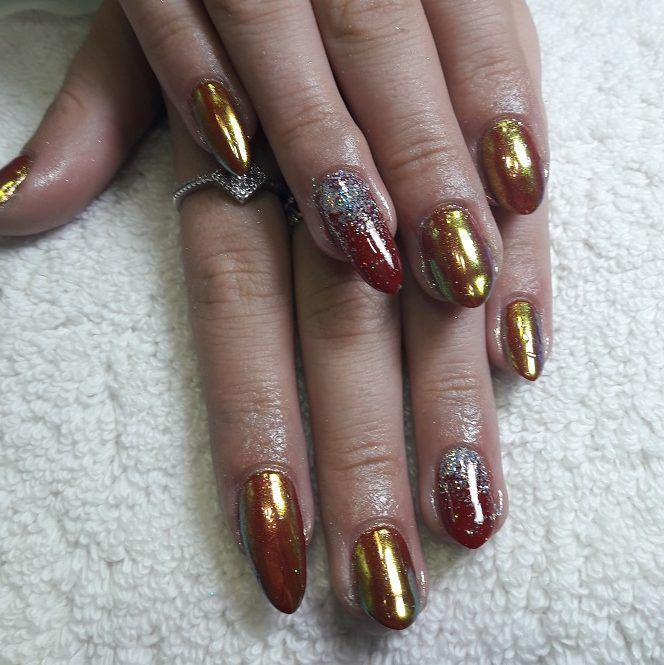Red gel chrome nails with a glitter fade, gelish & magpiebeauty ...