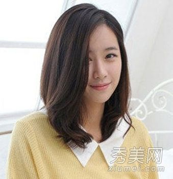 Pin By Yinghuei Chu On Cheveux Hairstyles For Round Faces Hair Styles Medium Hair Styles