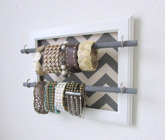 Best 25 diy necklace and bracelet holder ideas on for Bangle organizer diy