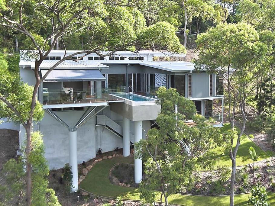 The Luxurious Toowong Treetops House Australia Http Www Adelto Co Uk The Luxurious Toowong Tree Architecture Architecture Details Exterior Design Backyard