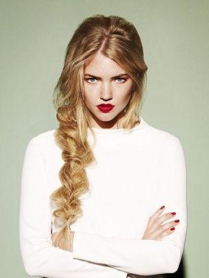 red lips, messy braid.