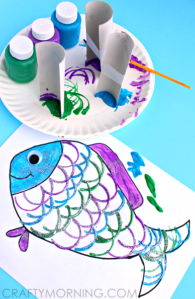 toilet-paper-roll-fish-scale-kids-craft