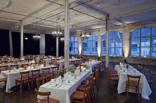 Industrial wedding reception #industrial #urbanwedding #urbanmood