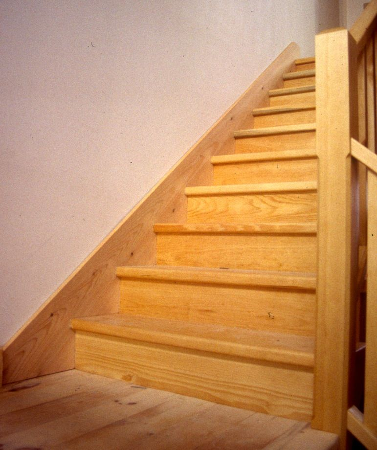 William S Woodworks Wood Stairs: Scribing Stair Skirt Boards Revisited