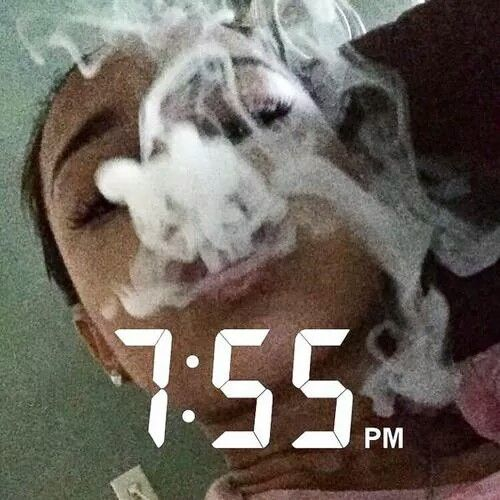 weed girl snapchat A small group of snapchat users have found a way to go viral on a platform that's all about disappearing.