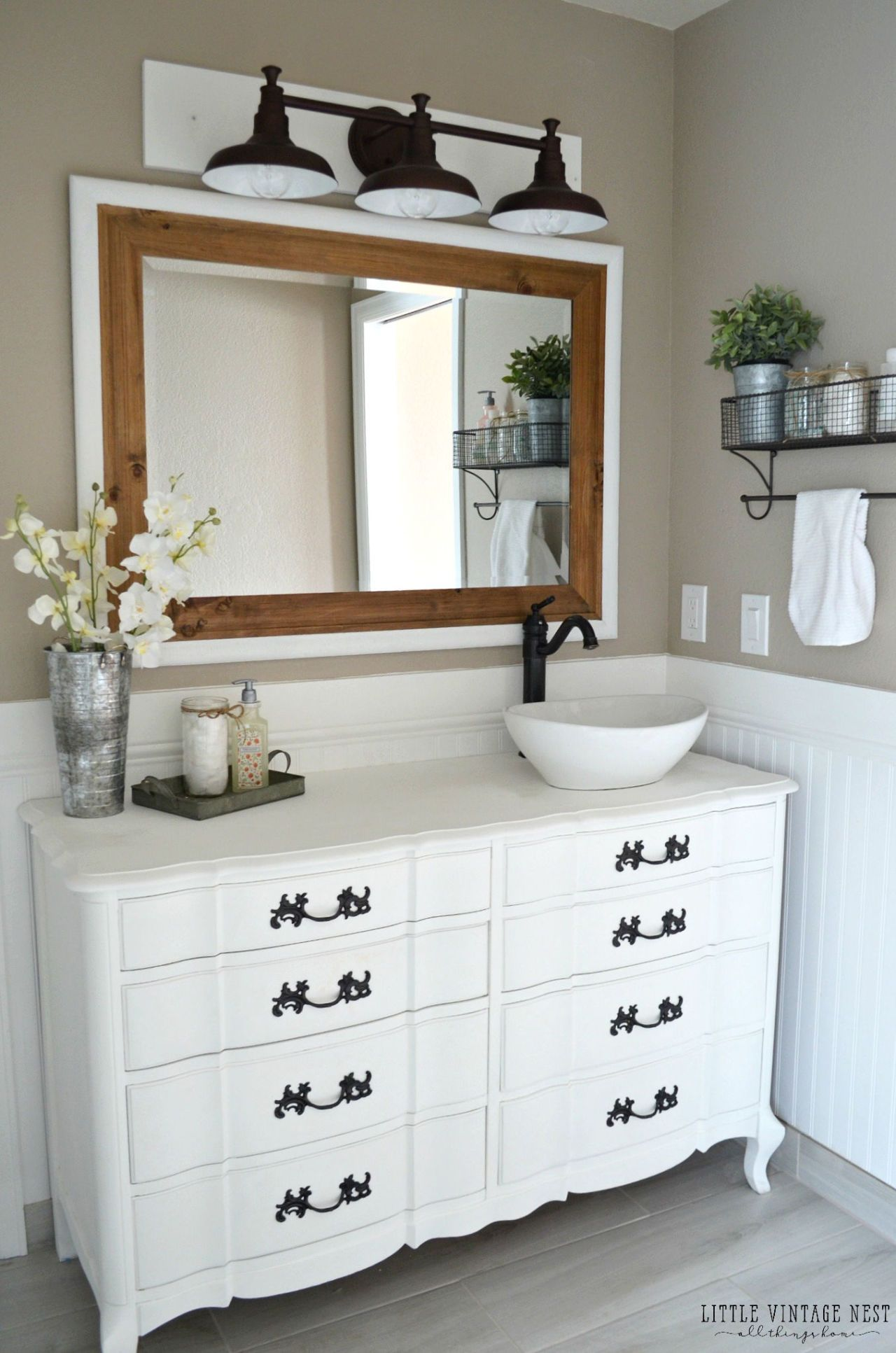 how to remove a bathroom vanity mirror
