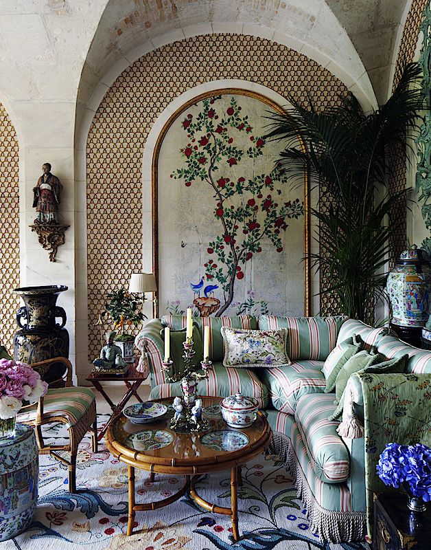 Simon Watson / Interiors / Valentino Paris · #Home #Design #Decor on paris house interior, paris garden, paris clothing, paris house bedroom, paris paintings, paris fashion, paris jokes, paris food, paris cosmetics, paris life, paris love, paris beauty, paris coffee, paris school, paris interior design, paris sports, paris holiday, paris movies, paris house style, paris valentine's,