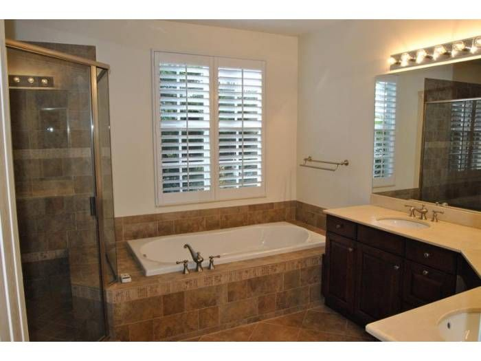 206 Mariner Ct. North Palm Beach, Enjoy quiet evenings in your spa ...
