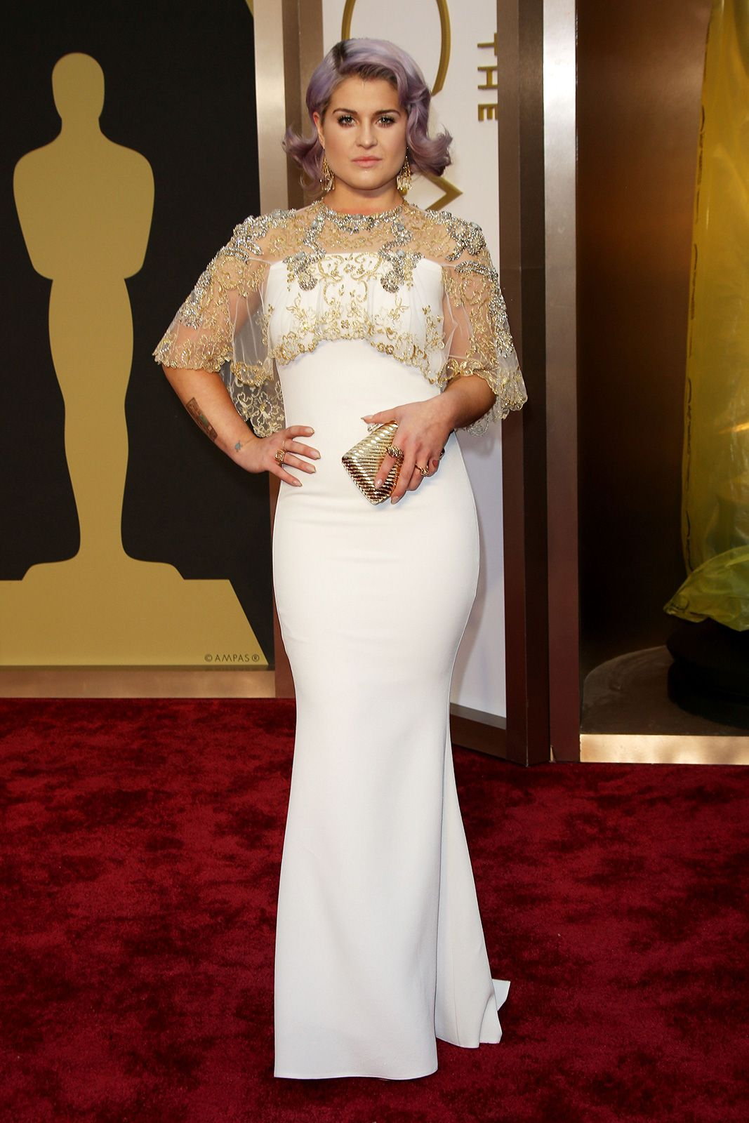 Kelly Osbourne Has Anyone Ever Looked As Good In A Clingy White Gown Did This Badgley Mischka Number