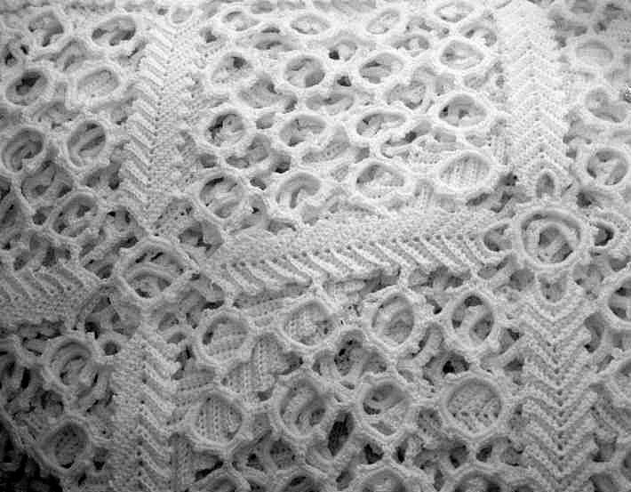Easy Table Crochet Runner Pattern Free Crochet Bedspread Patterns