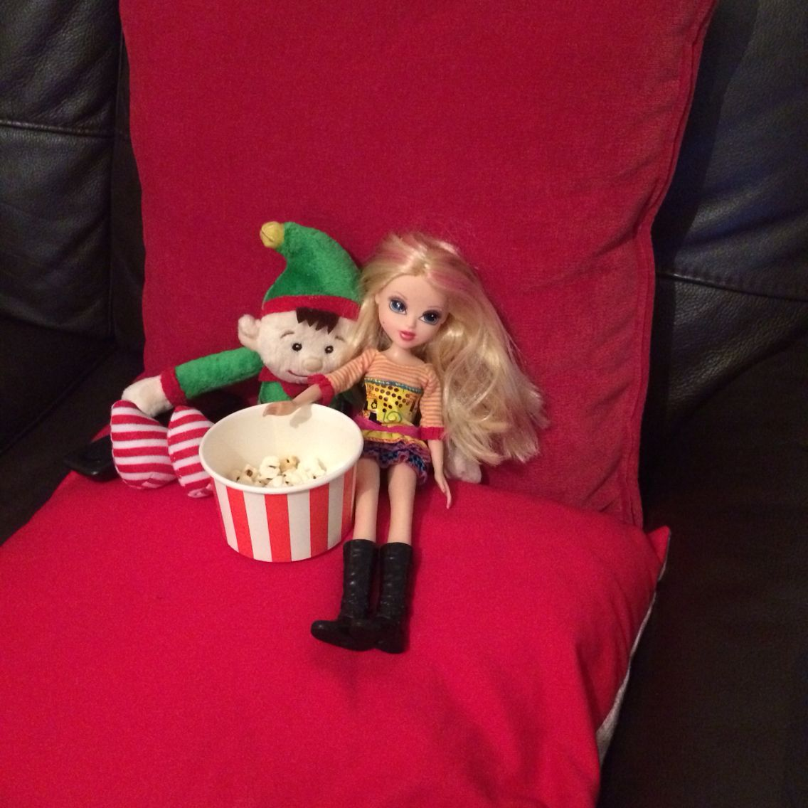 Elf dating em dating site