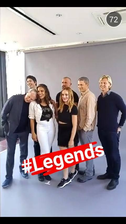 #Legends of Tomorrow Photo Session #SDCC