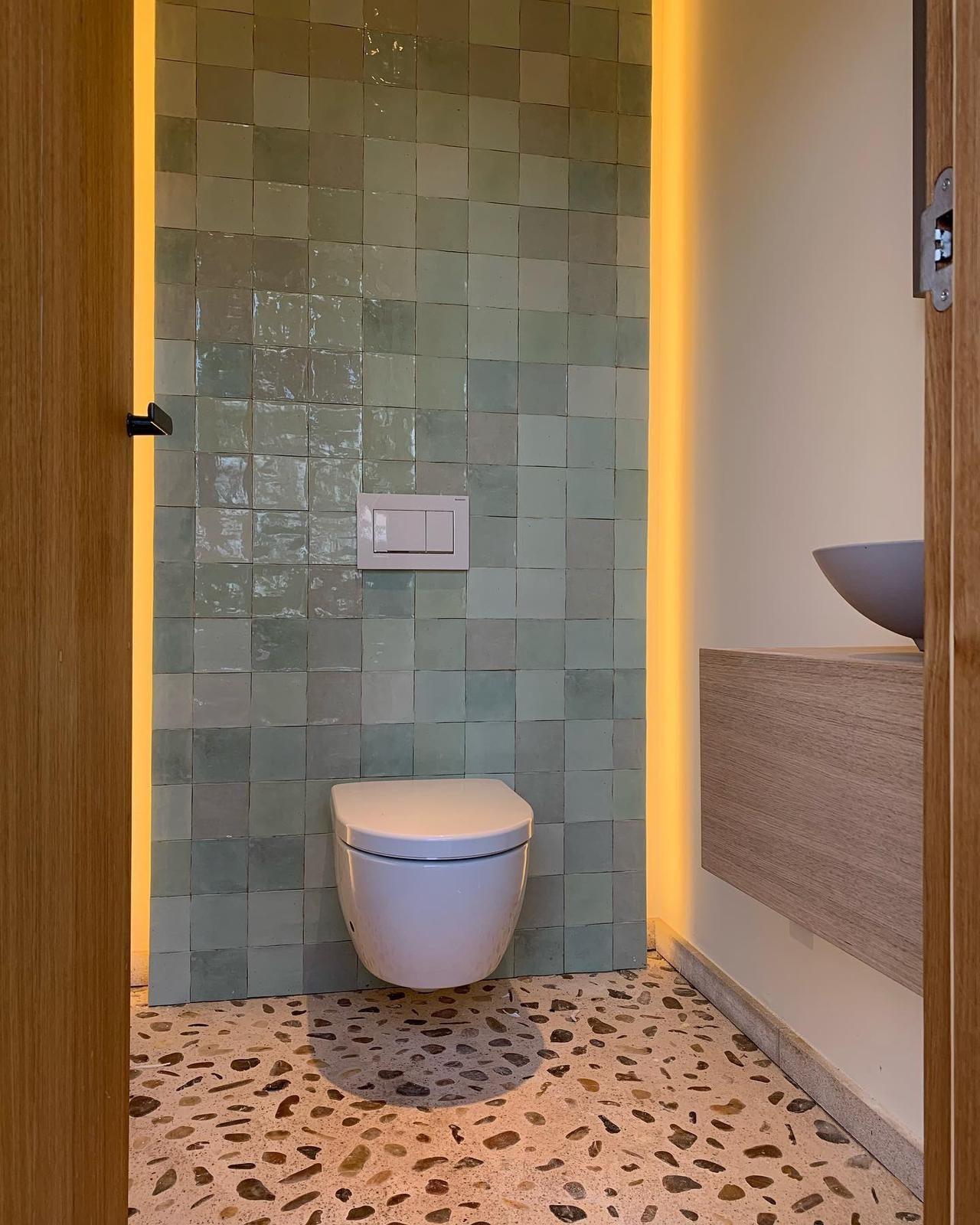 Baño sin malos olores con Geberit DuoFresh en 2020 | Baños ...