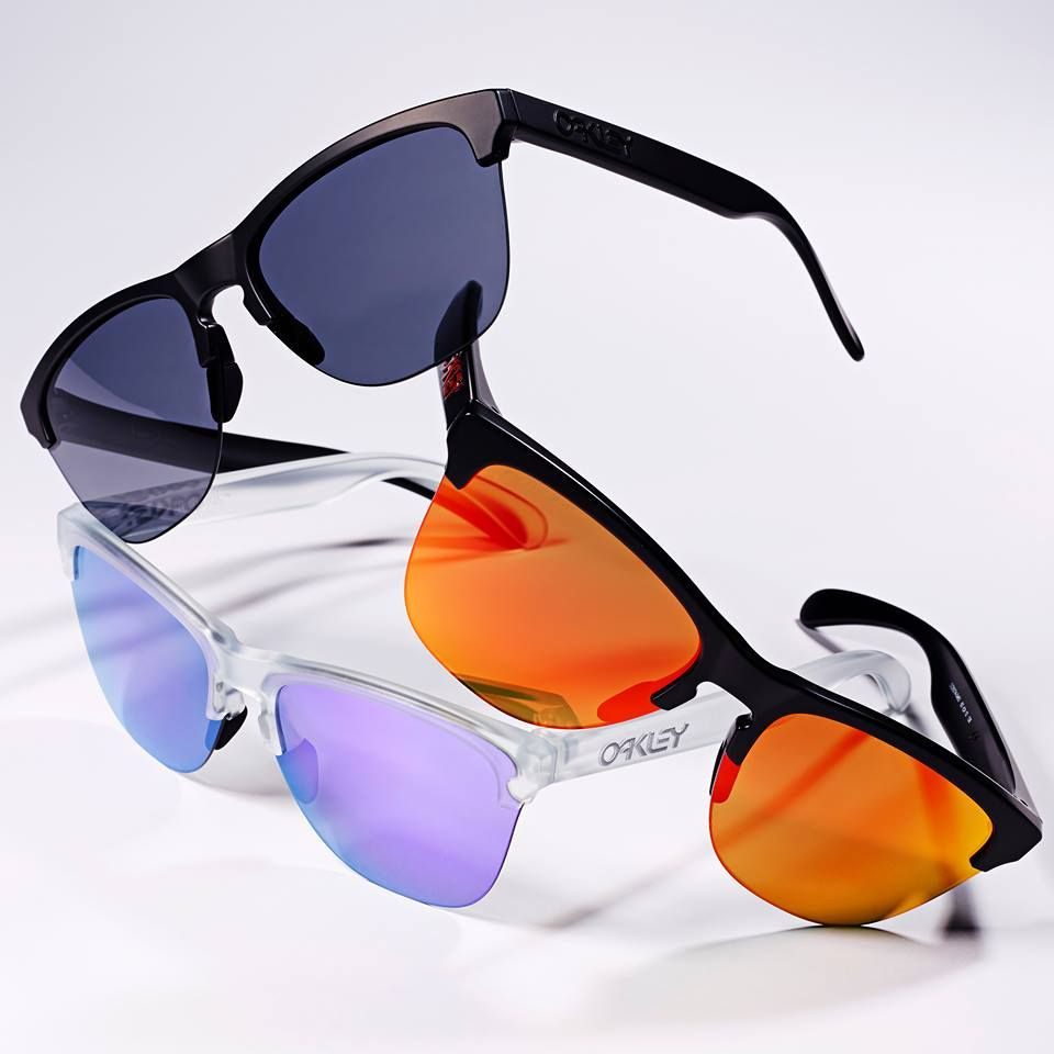 The Oakley Frogskin Lite Sunglasses are available in many