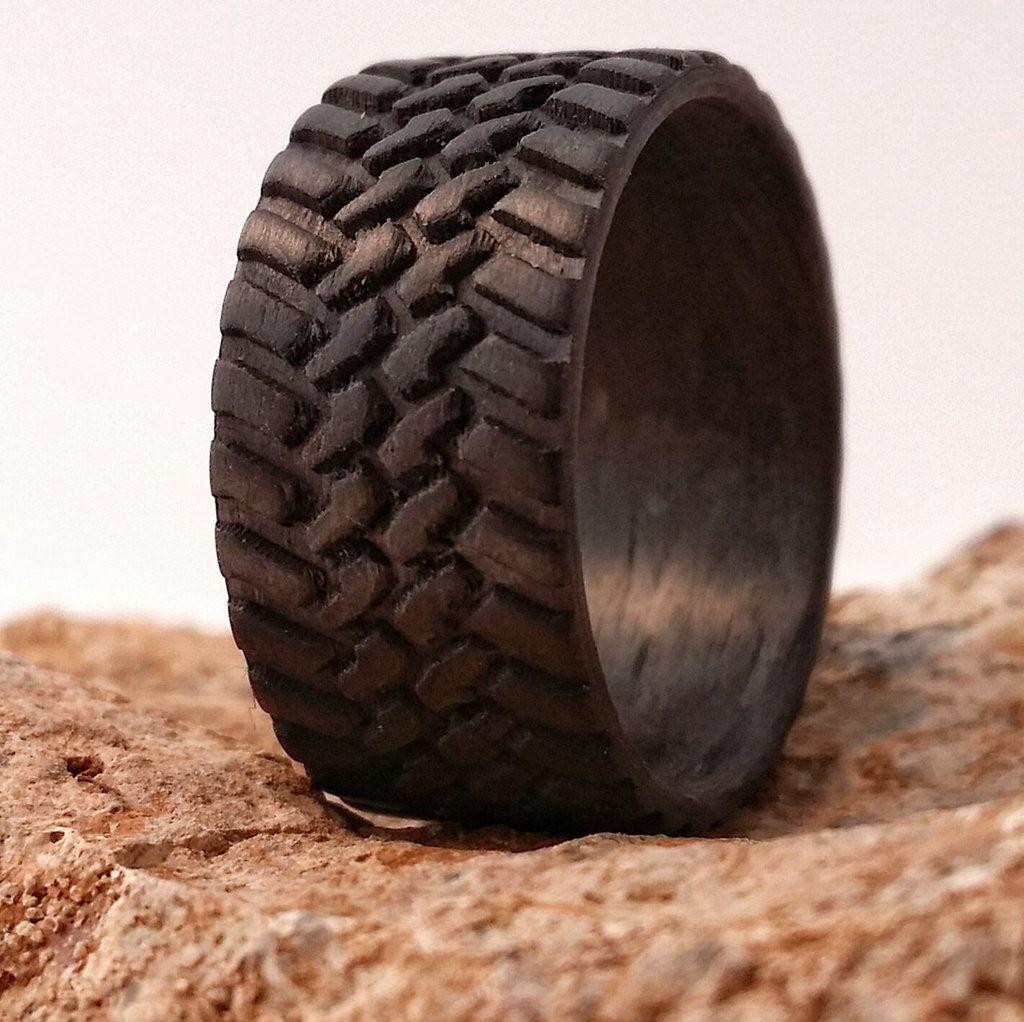 Off Road Tread Carbon Fiber Ring Wedding Band For Men