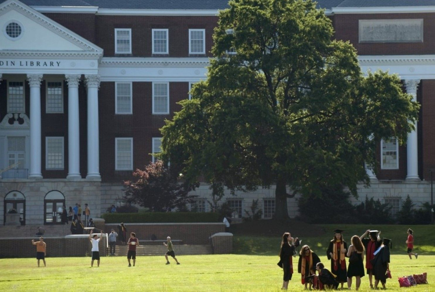 Prestige Schools Team Up On Redesigned College Application College Application Online Education University Of Maryland