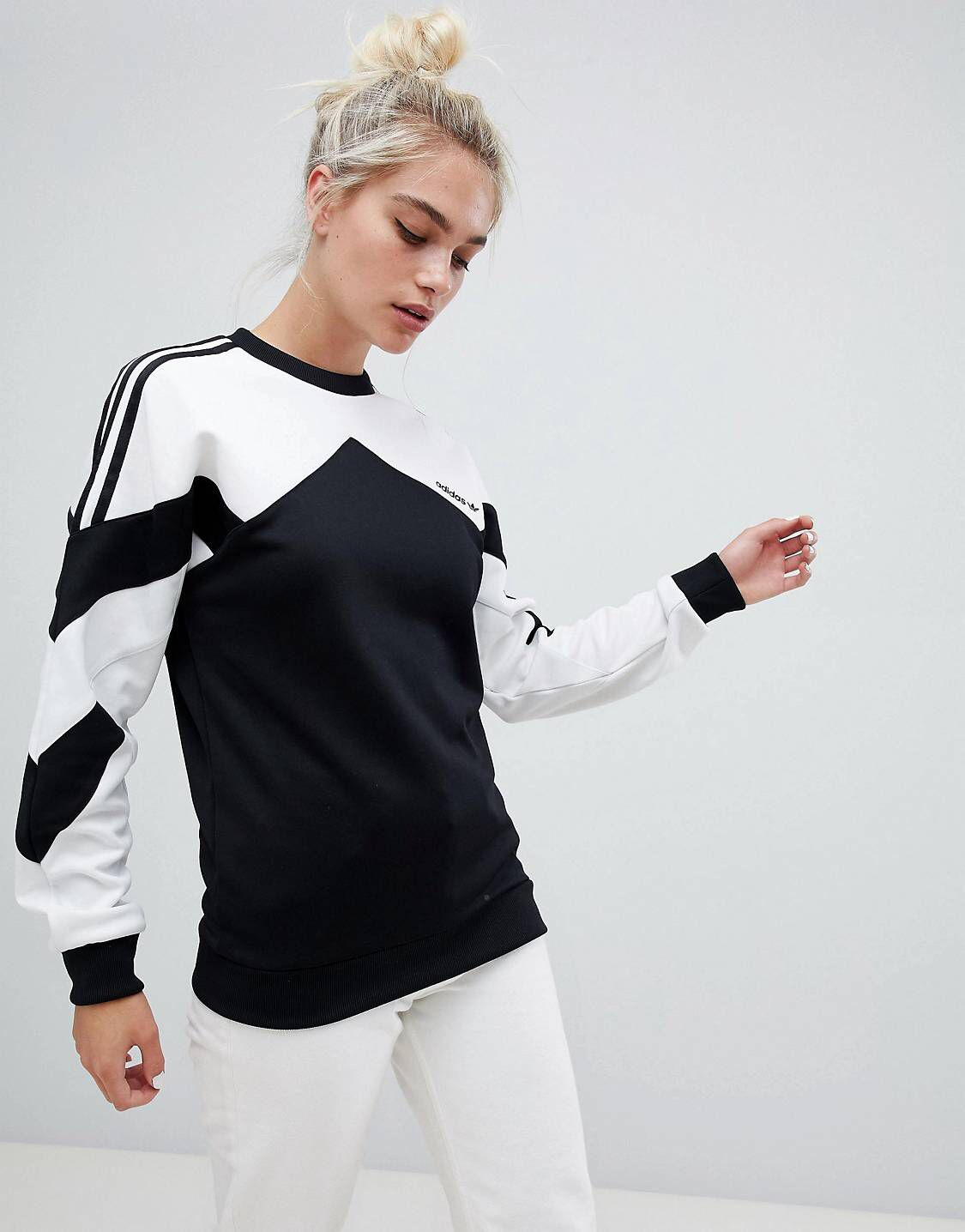 cbc6af816972b adidas Originals Authentic Sweatshirt With Contrast Panel In White And Black