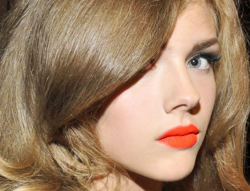 Neon Orange Lips!