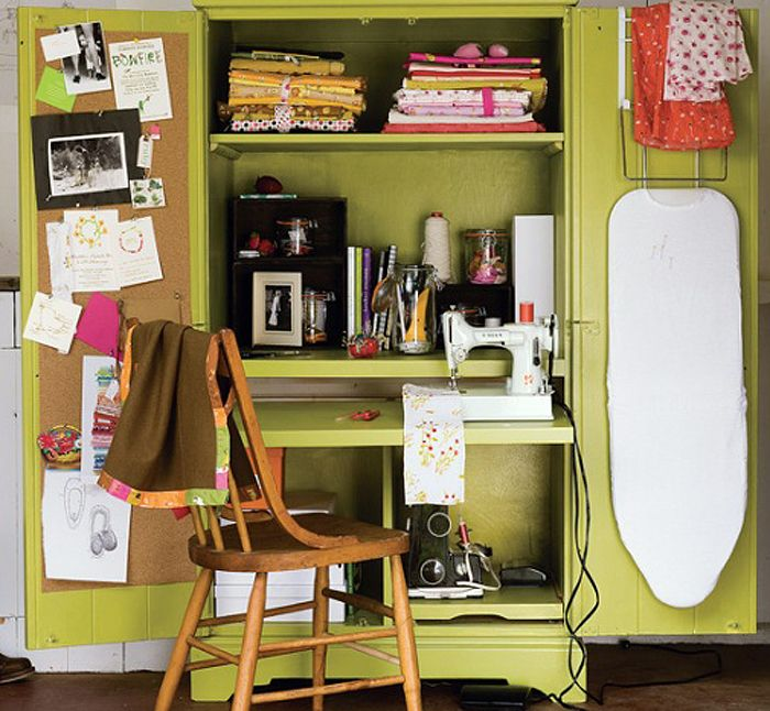 Small quilting sewing corner with vintage singer featherweight ...
